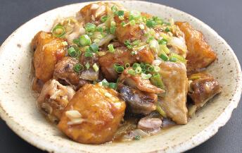 ブリと揚豆腐の葱生姜香る岩塩炒め