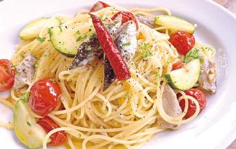 マイワシと道産野菜のペペロンチーノ <br>(ランチサラダ付き)