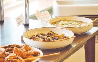 日替わりのイワシ料理量り売り<br>(例)イワシの生姜焼き、南蛮漬け